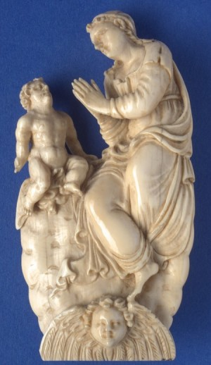 MG9391 en 9392 Ivory sculpture of the Mother of God